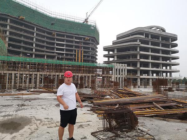 济南建筑工地钢筋除锈施工案例